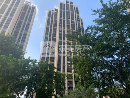 西江新城富隆湾 实用面积大 4房单位高档装修 楼层靓 业主诚意出售送部分家私家电