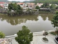 碧桂园二期湖景独立别墅,送600方花园,够五年过户费税费低,豪华装修拎包入住