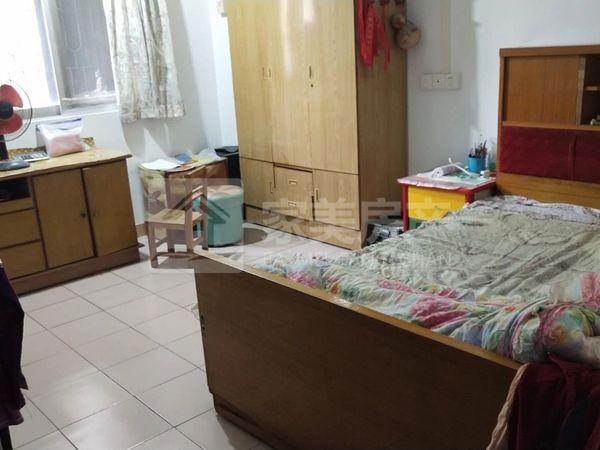 沛明小学附近大型小区带杂物房,大三房装修新净,单价仅5100