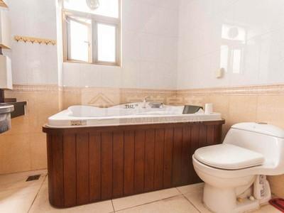 三洲碧桂园独栋别墅 豪华装修 环境优美舒适 家私家电齐 仅租4800