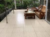 荷城广场附近电梯楼 三小旁 带100方大平台花园 装修新净 即买即入住