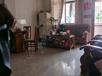 午阳市场附近-马赛克外墙步梯低楼层三房送杂物房-拎包入住