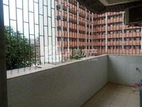 新旧城交界马赛克低精装三房加送杂物房,业主急售价45万!