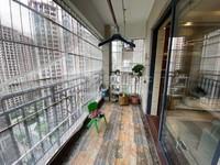 美的西区超大赠送面积,豪华装修,够五唯一过户费低,实用单价9字头,靓楼层20楼