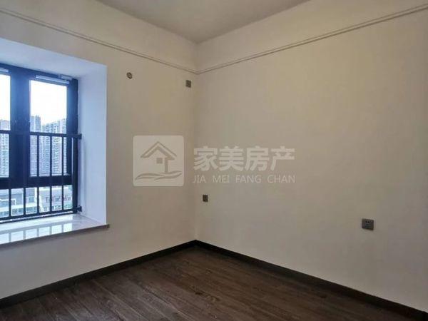 勤天汇 西江新城地铁出口旁 精装3房电梯13楼 格局靓