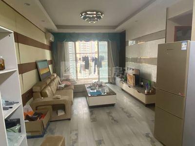 君御海城靓楼层南北对流98方三房二厅,9字实带精装修,即买即住 !