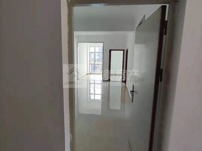 三洲新天地 精装3房 够2年 南向 无按揭 业主包过户 住宅性质 随时看房