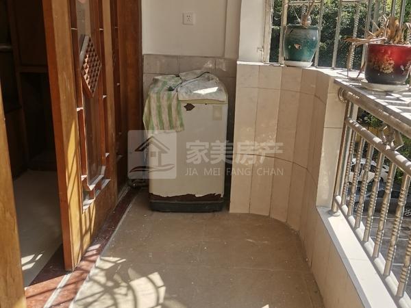 明都广场 低层3房,房大厅大格局方正望花园 锁匙在手随时睇楼