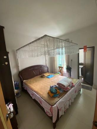 河江民安市场附近 小区环境步梯四楼三房送一楼杂物房 装修新净 拎包入住那种