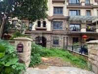 大熊猫房源,美的东区别墅,4层前后花园约100方,找东区别墅的不要错过了