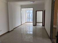 城区小区电梯楼 73方3房 精装修 只卖43万