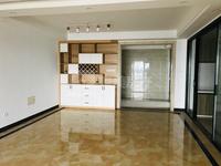 有小迪拜之称的大型成熟小区,一线江景房,房大厅大,每间房都可看江,三代同堂首选房