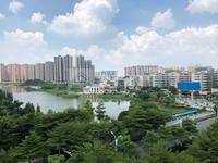 河江超级笋盘!鸿发楼108方精装3房 业主急售 降价为42万 房源新净 拎包即住