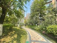 小迪拜之称,君御海城,210方,5房4房,双主套,主阳台3房间望江,单价8800