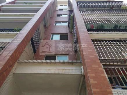 好风水好房 带杂物房 带顶楼露台 房间采光好 格局方正 三洲中心地段 汇盈花园