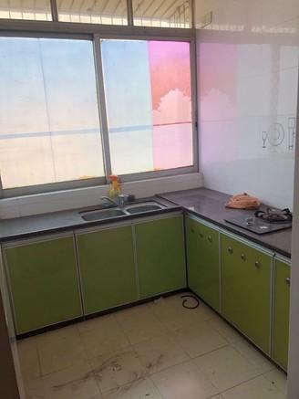 西江新城附近 马赛克外墙六楼大两房装修新净带一楼杂物房 拎包入住