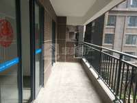 新城美的东区 新装修没住过 南北对流双阳台 首付30万 拎包入住