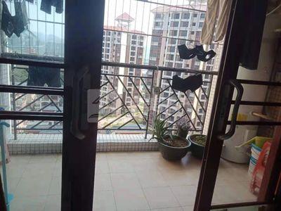三洲德信小学旁,优悦城,精装修3房双阳台,售85万!够2年,对流户型!