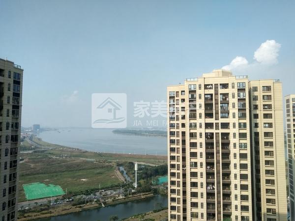 新城 实验中小学旁,万科西江悦,精装修未住过,望江,售87万,非顶楼!