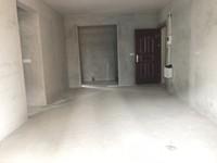 绿色世嘉 毛坯92方3房2厅2卫 电梯中楼层 满2年 售82万 产权清晰