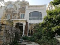 碧桂园三期精装别墅 带前后花园 120方 有按揭 协商还 可以拎包入住 够2年