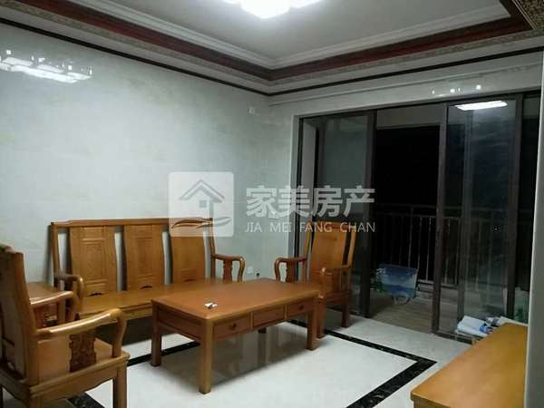 业主诚意出售可以接受低首付,实用三房二厅,可拎包入住!中高楼层,景观一流!