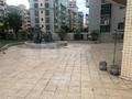 大润发商圈 中山广场 带300方平台 送有证车位 无按揭无抵押 随时约