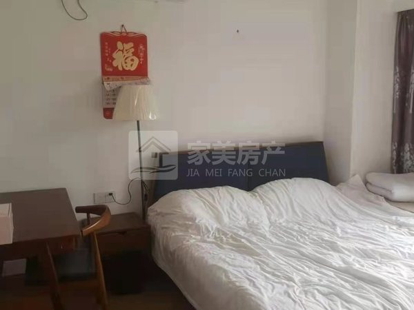 美的鹭湖精装3房2厅 环境优美舒适 家私家电齐 仅租1800 随时方便看房