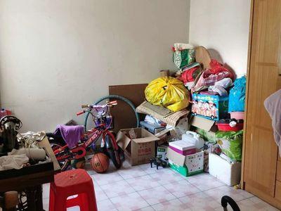 三小学 区房-小区管理中楼层四房送杂物房-装修新净-拎包入住